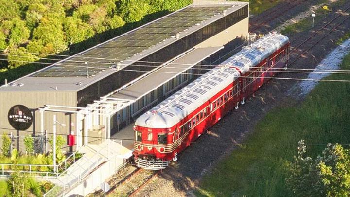 tren-solar